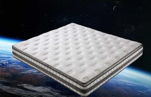 乳胶床垫有味道正常吗?优点有哪些?